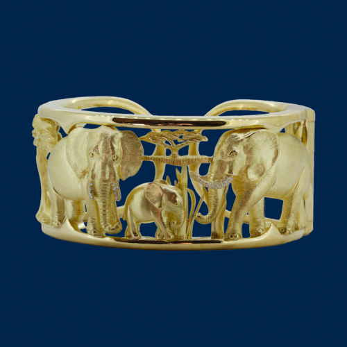 Gold elephant bracelet hand-crafted by Frank Alexander jewell for wildaid